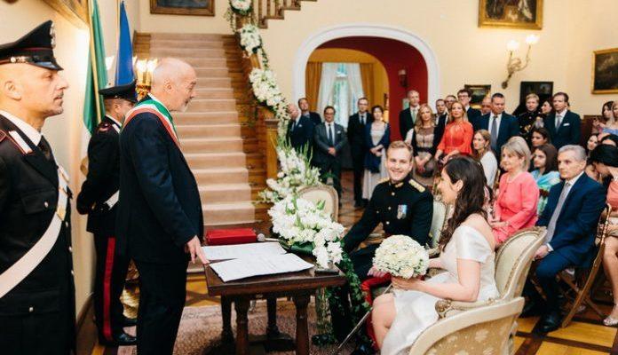 Fedi nuziali personalizzati per sposa e sposo